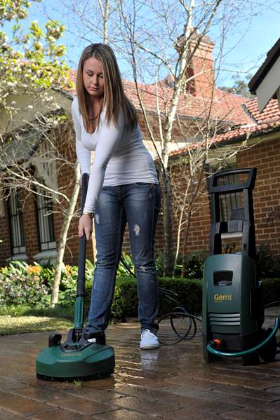 Pressure washer: Patio cleaners